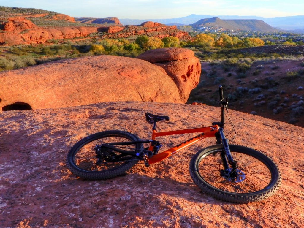 Red rock at the paradise trail