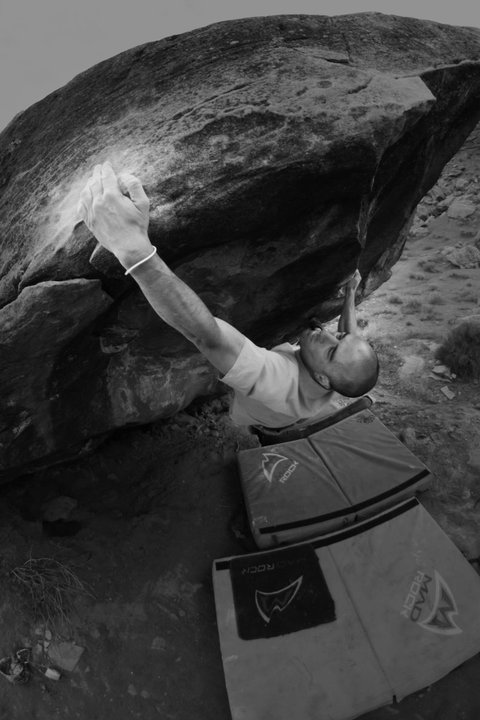 Moe's Valley Bouldering The Swan