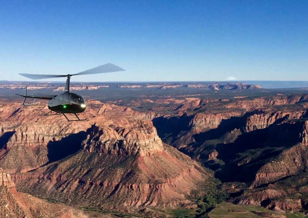 Zion helicopters, zion scenic flights